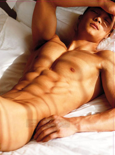 naked asian hunk