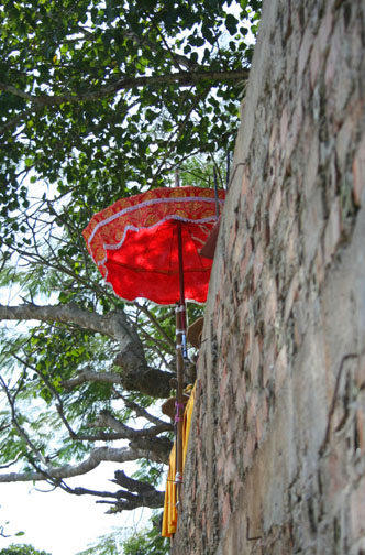 luang prabang buddhist umbrella