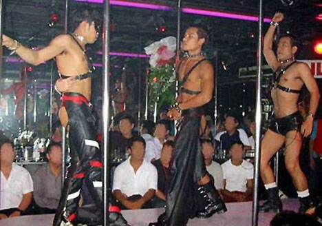Do not be fooled by a boy's participation in a leather number. He's a ladyboy wanna-be who likes dressing up, not a fan of SM.