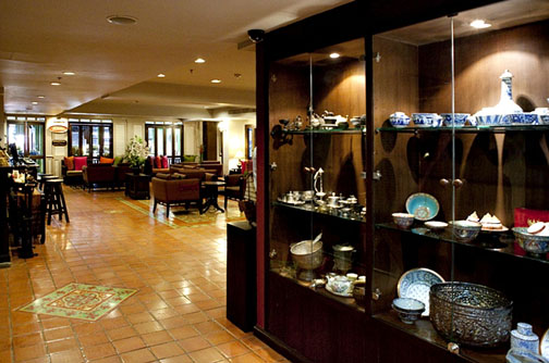 The Siam Heritage Boutique Hotel manages to pull off Thai-style decor without looking dark and dated.