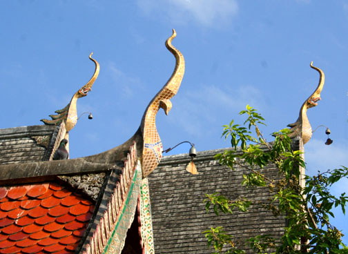 Some of the chofah at Wat Chiang Mun are fierce, others not so much.