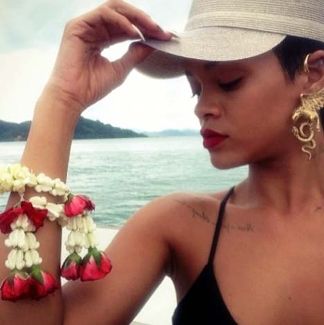 Showing her deep understanding of Thai culture, Rihanna makes merit with an offering to herself.