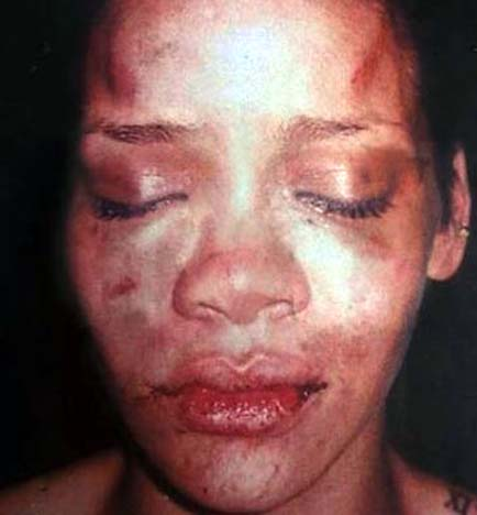 Maybe Rihanna should stick to posting photos of what she knows best.