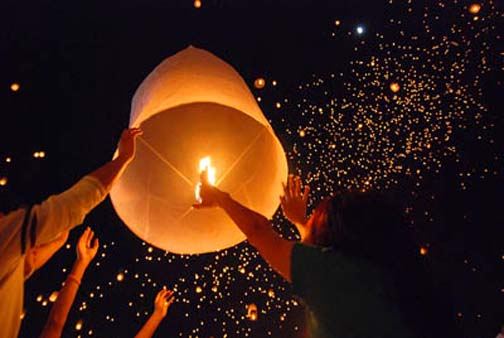 Khom Loi will not fill the skies over Bangkok during this year's Loy Krathong. Except they probably will.