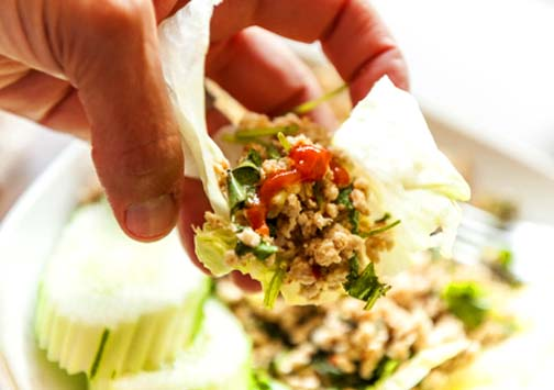 Big spoon, table spoon, or fork? With larb you can just use the dining utensils the gods gave you.