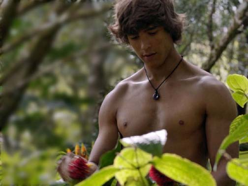 Aussie actor Brenton Thwaites just came out if you believe the gay media.